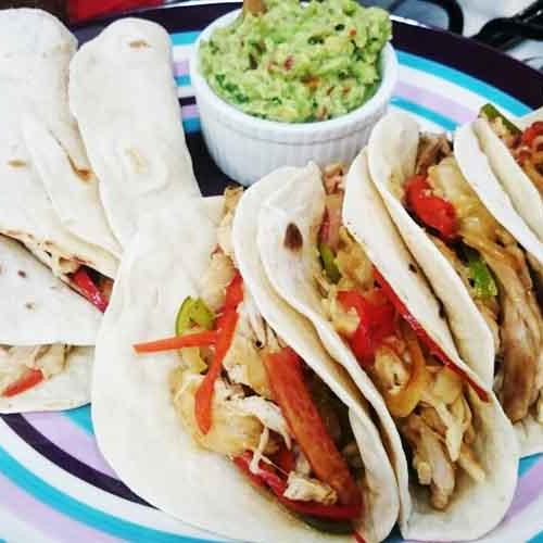 Tacos De Pollo Con Salsa De Queso Picante Cocineros Argentinos