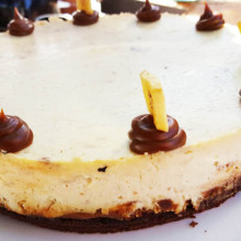 Cheesecake split, dulce de leche y banana